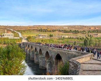 DIYARBAKIR, TURKEY - 17 NOV 2018: View of the Ten Eyes Bridge (On Gozlu Kopru), historical bridge the central of Diyarbakir,