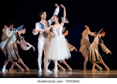 DNEPROPETROVSK, UKRAINE - APRIL 23: 'Swan Lake' ballet performed by Dnepropetrovsk Opera and Ballet Theatre ballet on April 23, 2011 in Dnepropetrovsk, Ukraine.