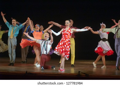 DNEPROPETROVSK, UKRAINE - FEBRUARY 10: Members of the Sevastopol Dance Theatre of Vadim Elizarov perform BROADWAY at State Opera and Ballet Theatre on February 10, 2013 in Dnepropetrovsk, Ukraine