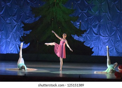 DNEPROPETROVSK, UKRAINE - JANUARY 13: Unidentified girls, ages 14-15 years old, perform Ballet pearls at State Opera and Ballet Theatre on January 13, 2013 in Dnepropetrovsk, Ukraine