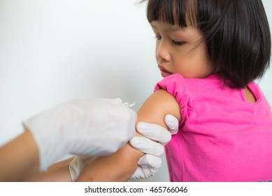 Doctor vaccine for girls.