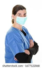 Ärztin in der medizinischen Maske stoppt das Konzept von Coronavirus covid-19 mit Respiratorischem Schutz