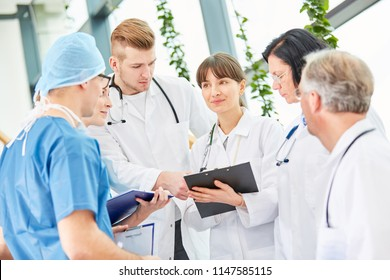 Doctors as team in meeting discuss in cooperation