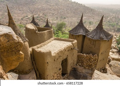 Dogon village and typical mud buildings, Tireli, Mali, Africa