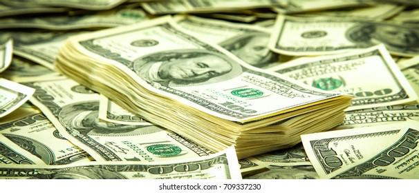dolar  - Shutterstock ID 709337230
