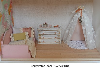 Dollhouse, bedroom with accessories, colorful pillows and play area