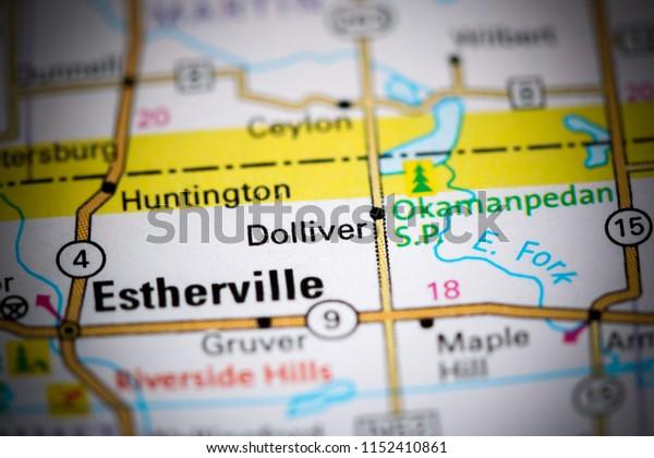 Dolliver. Iowa. USA on a map
