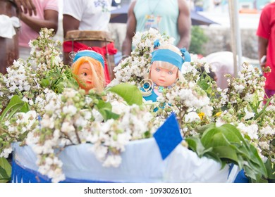 Dolls as a gift to the sincretism godess Iemanja