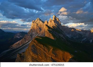 dolomite mountain at seceda
