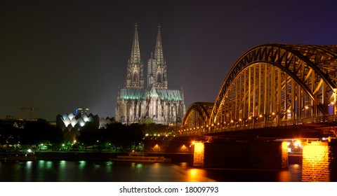 Dom of Cologne by night