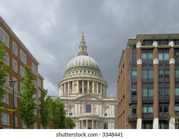 Dome of St Paul's Cathedral, City of London, flanked by modern buildings