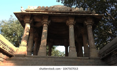 Domed porch mounted by cupolas at Dada Harir Stepwell in Asarwa area of Ahmedabad, Gujarat State, India.