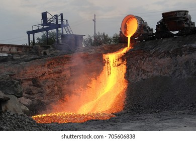 Domestic slag discharge at the iron foundry