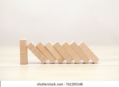 The domino effect stopped by a unique, one strong piece