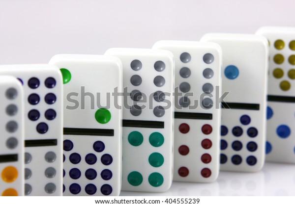 domino stones, domino effect