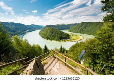 Donauschlinge, Danube river bend Austria