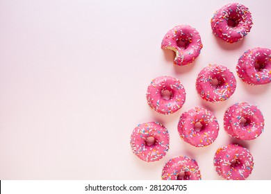 Donuts on link background