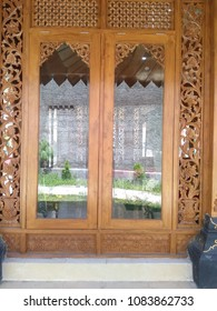 Door carved house in java joglo house