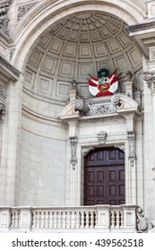 door with the coat of arms of Peru