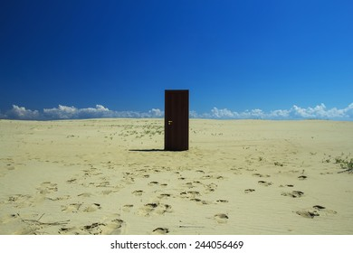 The door in the desert