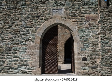 door of entrance to the castle & Castle Doors Images Stock Photos u0026 Vectors | Shutterstock
