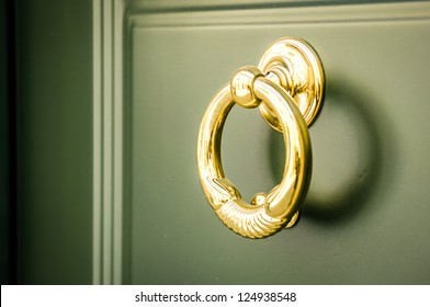 doorknocker at a front door
