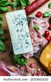 dorblu stilton dairy product, blue cheese roquefort gorgonzola made from goat sheep or cow milk roquefort, cambozola, Food recipe background,