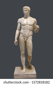 """The Doryphoros statue. Roman marble copy of classic greek contrapposto statue """"Spear-Bearer"""" of Polykleitos. Isolated with clipping path"""
