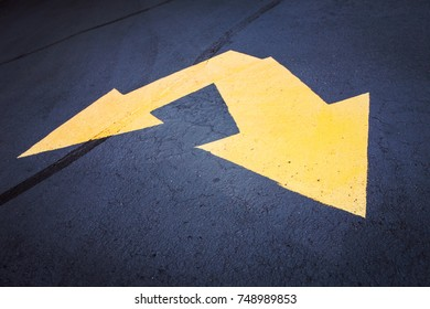 Double arrow on pavement