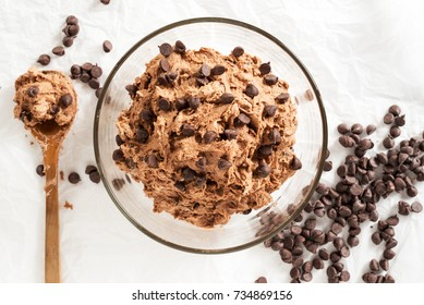 double chocolate chips cookies dough prepare for bake