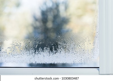 Double glazed PVC window Condensation on the glass