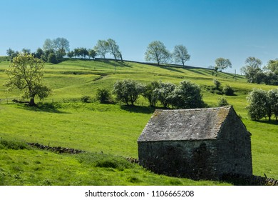 Dovedale, Derbyshire, England. May 20 2018. Barn at the foot of Thorpe Cloud