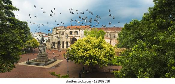 Doves flying over main square, Santo Domingo, Dominican Republic