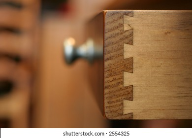 Dovetail joints on a drawer show the quality of the reproduction piece.