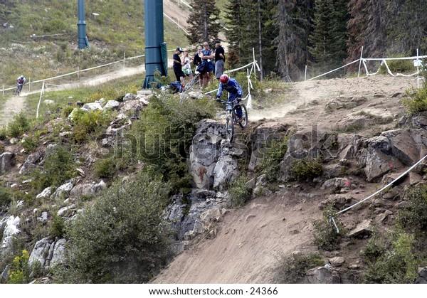 Downhill, mountain biking, extreme, sports, cycling, riding, bike, athlete, race, athletic, Durango