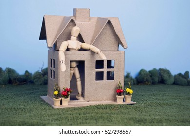 Downsizing. A person has downsized to a house that is too small.