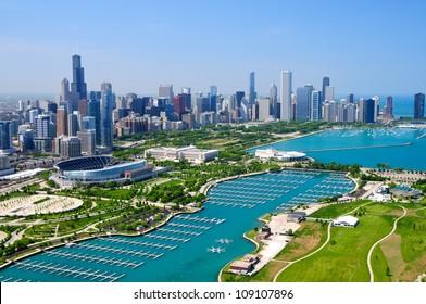 Downtown Chicago & Lake Michigan