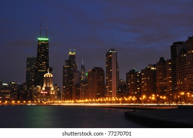 downtown Chicago lakefront at night
