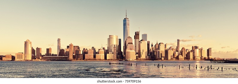 Downtown Manhattan skyline, New York City, USA