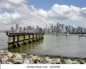 Downtown Manhattanfrom the Newport Marina
