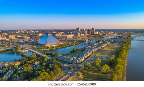 Downtown Memphis, Tennessee, USA Skyline Aerial.