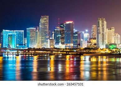 Downtown Miami, Night city