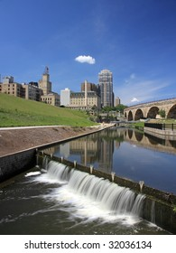 Downtown Minneapolis and Stone Arch bridge 1