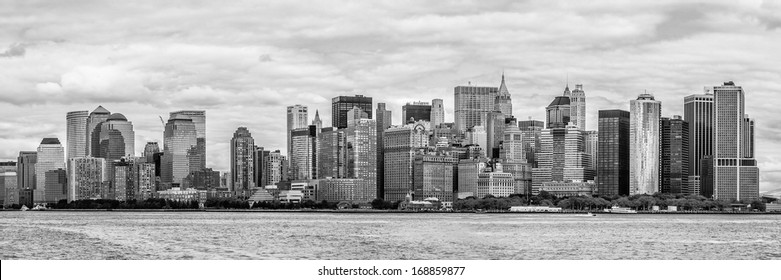 Downtown of New York, panoramic view from the ocean (black and white)
