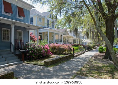 Downtown Wilmington NC. 5th street. Azalea flowering. Historic town. North Carolina. Tourism North Carolina. Azalea festival city.