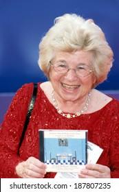 Dr Ruth Westheimer at 2002 Grammy Awards, LA, CA 2/27/2002