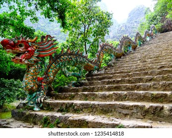 dragon statue as banister for staircase leading to Hang Mua viewpoint (also known as Tam Coc view), Ninh Binh, Vietnam, Southeast Asia
