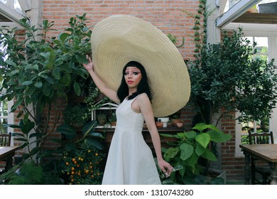 Dragqueen with Over Hat