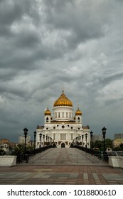 Dramatic sky over The Cathedral of Christ the Savior in Moscow, Russia