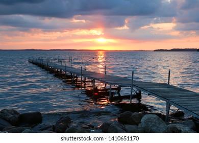 Idyllic Summer Day On Lake Wingra But >> Imagenes Fotos De Stock Y Vectores Sobre Lake In Wisconsin